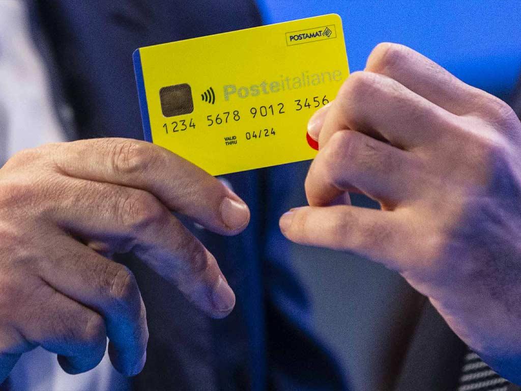 Nuova carta poste italiane per reddito di cittadinanza